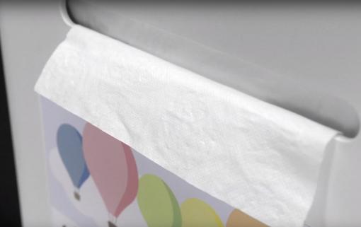 babylinnen dispenser closeup babyverzorgingstafel